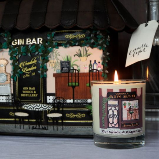 Gin Bar Rum, Grapefruit & Bergamot Scented Candle