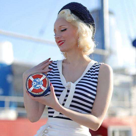 Hello Sailor Round Coin Purse with Zip